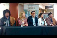 Río Mayo presentó en Buenos Aires el XXX Festival Nacional de la Esquila http://www.ambitosur.com.ar/rio-mayo-presento-en-buenos-aires-el-xxx-festival-nacional-de-la-esquila/ La Casa del Chubut en Buenos Aires fue sede del lanzamiento oficial de la fiesta que tendrá lugar entre el 15 y el 18 de enero de 2015.      El intendente Gabriel Salazar destacó las inversiones realizadas por el Estado Provincial para que Río Mayo esté preparada para recibir a los visitantes.