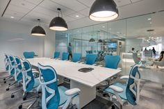AvalonBay Office by Margulies Perruzzi Architects – Office Snapshots – Office İnterior İdeas Cove Lighting, Pendant Lighting, City Office, Rectangle Table, Corporate Design, Corporate Offices, Co Working, Architect Design, Modern Room