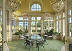 over the top sunroom... for that summer evening ball