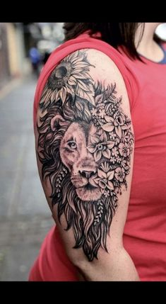 23 Ideas for tattoo lion flower ink - Tattoo Arts Leo Lion Tattoos, Female Lion Tattoo, Lion Tattoo On Thigh, Lion Shoulder Tattoo, Deer Skull Tattoos, Lion Tattoo Sleeves, Leg Sleeve Tattoo, Lion Back Tattoo, Half Sleeve Tattoos Drawings