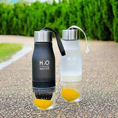 H2O - 650ml Vesipullo Fruit Infused Water, Infused Water Bottle, Infusion Bottle, Water Infusion, Green Water Bottle, Infused Waters, Drinking Water Bottle, Bottled Water, Fruit Water