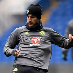 Cesc Fabregas starts for Chelsea, Yaya Toure on bench for Manchester City