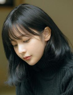 Ulzzang Short Hair, Asian Short Hair, Short Hair With Bangs, Girl Short Hair, Hairstyles With Bangs, Korean Short Hair Bangs, Ulzzang Hairstyle, Asian Bangs, Haircuts Straight Hair