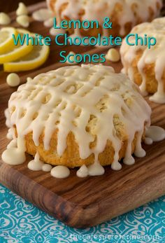 Lemon & White Chocolate Scones w/ Lemon-Cream Cheese Drizzle - some of the best scones we've ever had! My husband said if I would have known scones tasted like this I would have become a believer a long time ago. Lemon Desserts, Lemon Recipes, Just Desserts, Sweet Recipes, Delicious Desserts, Dessert Recipes, Scone Recipes, Biscotti, Hp Sauce