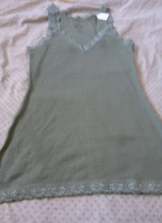 Women's Old Navy Extremely cute Tank top size s/p #OldNavy #TankCami