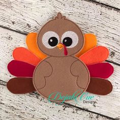 Fall Felt Crafts, Thanksgiving Projects, Thanksgiving Costume, Preschool Crafts, Crafts For Kids, Turkey Craft, Turkey Games, Advent, Butterfly Crafts