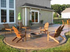 A Cobblestone Patio And In Ground Fire Pit Are Winners Is Our Book Average Price To Install A Patio Is 2 600 Cobblestone Patio Patio Fire Pit Seating