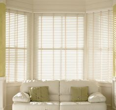 cream-faux-wood-venetian-blinds-with-tapes-wood-grain-effect