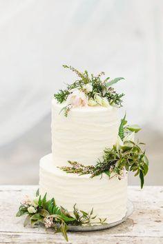 botanical wedding cake http://weddingwonderland.it/2015/07/matrimonio-botanico.html