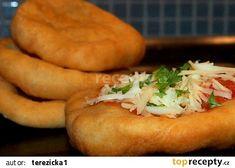 Domácí langoše recept - TopRecepty.cz Hot Dog Buns, Hot Dogs, Atkins, Bagel, Baked Potato, Ham, Potatoes, Bread, Cooking