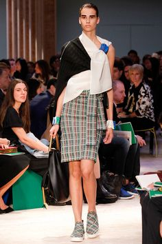 #Céline  #Spring2014 #Catwalk #trends #ParisFafhionWeek #Paris #SS2014 #tartan
