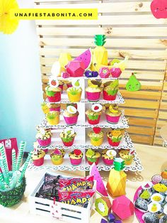 Ideas para fiestas / Party ideas Tutti Frutti #partyideas #partytuttifrutti #partydecor #partydecorations #fiestasinfantiles #fiestastematicas #fiestainfantil Baby Shower Bingo, Baby Shower Activities, Pretty Baby Girl Names, Thank You Party, 2nd Birthday Party Themes, Wishes For Baby Cards, Ideas Para Fiestas, Fiesta Party, Summer Parties