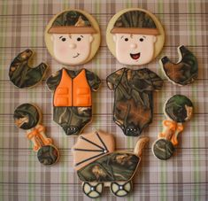 Best Baby Shower Cookies For Boy Decorating Supplies Ideas Baby Shower Camo, Baby Shower Favors Girl, Baby Shower Dresses, Boy Baby Shower Themes, Baby Shower Parties, Baby Shower Decorations, Baby Shower Gifts, Camo Cookies, Baby Boy Cookies