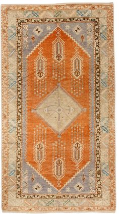Vintage Turkish Oushak by @J & D Antique & Vintage Rugs -Chosen by @LUXE Interiors + Design's Pamela Jaccarino