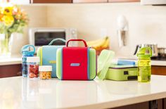The Nalgene Lunch Buddy makes packing school lunch so much easier