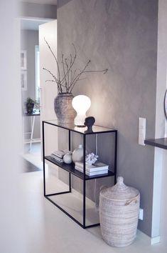 (Jennifer Persson) Minimalist and modern home decor inspiration. Simple home decor ideas.Minimalist and modern home decor inspiration. Simple home decor ideas. Home Design, Home Interior Design, Wall Design, Simple Interior, Interior Modern, Design Ideas, Interior Ideas, Hall Interior, Shelf Design