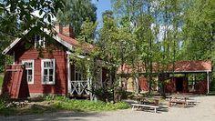 Kahvila Leivintuvalla:   TÄHTELÄ: heinäkuu 2012