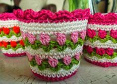 funda para maceta con flores