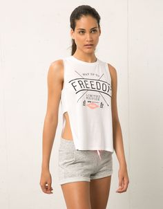 Bershka Sport rib detail T-shirt print 'Freedom' - Sport Start Moving - Bershka United Arab Emirates