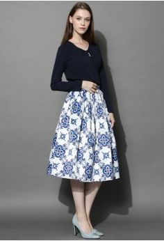 Blue Kaleidoscopic Pleated Midi Skirt - Bottoms - Retro, Indie and Unique Fashion