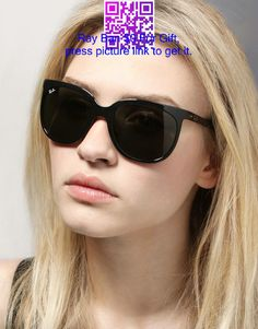 ray ban sunglasses Black sunglasses, must have accessories, designer sunglasses, summer must have Discount Ray Ban Sunglasses, Discount Ray Bans, Girl With Sunglasses, Wayfarer Sunglasses, Black Sunglasses, Cat Eye Sunglasses, Sunglasses Women, Ray Ban Wayfarer, Reflective Sunglasses