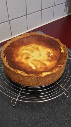 The best cheesecake in the world Cheesecake Deserts, Best Cheesecake, Homemade Cheesecake, Cheesecake Recipes, Mini Desserts, Chocolate Desserts, Easy Desserts, Dessert Recipes, Kochen