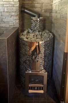 mantyharju2011-5-luhtatahtimo-pihasauna-kiuas.jpg 620×929 pixels