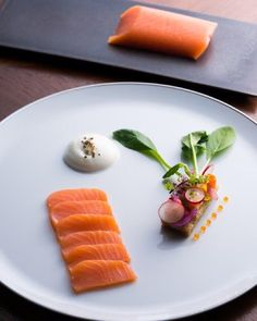 Marinated Balik Salmon #ritzcarlton #ritzcarltonkyoto #ristoranteitaliano #instafood #italianrestaurant #japan #kyoto #luxuryhotel #gourmet #napoli #gastroart #chefsofintagram #theartofplating #beautifulcusines #finedining #finefood #food #rcmemories by valentinopalmisano