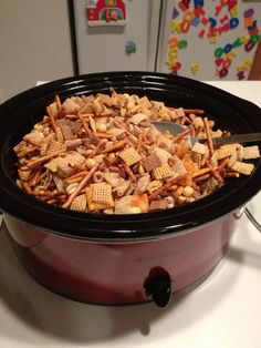 Oh, I am SO going to try this at Christmas!! How to Make Homemade Chex Mix in the Crockpot. Fill crockpot with your favorite cereal, pretzels, and nuts. Melt 1/4 cup butter, add 4 tsp worchestershire sauce, 1 tsp salt, 1 tsp garlic powders, 1/2 tsp onion powder, 1/4 tsp sugar, dissolve