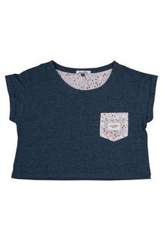 CROP TOP KAOTIKO FLORES INDIGO en la tienda online de Kaotiko street syle · Camisetas, sudaderas, pantalones, calzado y complementos