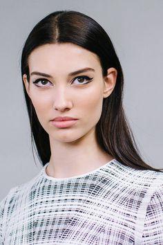 De dubbele, maar toegankelijke eyeliner trend van Dior