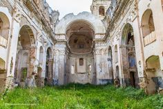 An abandoned church in Bussana Vecchia, Italy [1200x800]