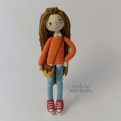 Amigurumi modern doll in casual clothes. Crochet Amigurumi, Crochet Bunny, Amigurumi Doll, Crochet Doll Clothes, Knitted Dolls, Crochet Dolls, Diy Plush Toys, Human Doll, New Dolls