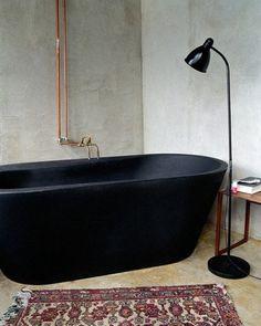 World's Most Beautiful Bathtubs Matte black tub. Bad Inspiration, Decoration Inspiration, Bathroom Inspiration, Interior Inspiration, Decor Ideas, Diy Ideas, Black Bathtub, Black Tub, Bathroom Black