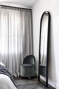 Casa Atrio by Biasol - Australian Interior Design Awards Australian Interior Design, Interior Design Awards, Decor Interior Design, Interior Decorating, French Interior, Classic Interior, Design Interiors, Cabinet D Architecture, Interior Architecture