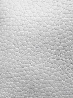 mahabis texture // white leather