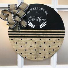 Wooden Door Signs, Front Door Signs, Wooden Door Hangers, Front Door Decor, Door Entryway, Country Front Door, Country Wood Signs, Rustic Signs, Vintage Logo
