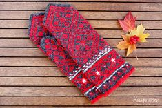 明日スタート!ラトヴィアの手編みミトン : カスパイッカ -北欧のアンティーク雑貨と手仕事の店-
