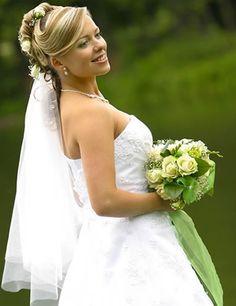 Chiara Cascading Veil