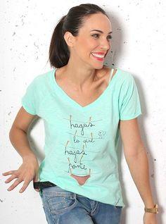 Camiseta pico HAGAS LO QUE HAGAS PONTE BRAGAS