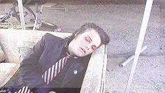 Gerard Way was suicidal and alcoholic. He decided that it wasn't right for his lifestyle. It took him about 17 days to become clean and sober.
