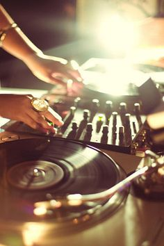 Turntables | [photographer unknown]