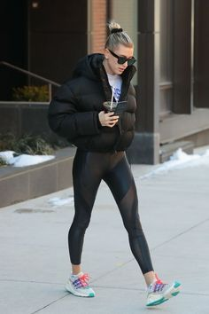 See which popular leggings celebrities wear more than 99% of their other pairs, and shop each style. Cute Workout Outfits, Cool Outfits, Casual Outfits, Leggings Are Not Pants, Women's Leggings, Workout Leggings, Looks Academia, Best Clothing Brands, Gym Style