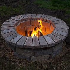 80 DIY Fire Pit Ideas and Backyard Seating Area - roomodeling Backyard Seating, Backyard Patio Designs, Diy Fire Pit, Fire Pit Backyard, Fire Pit Gazebo, Chiminea Fire Pit, Fire Pit Gravel, Make A Fire Pit, Fire Pit Swings