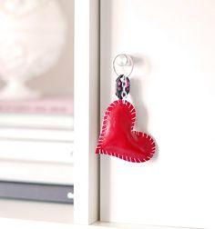 ".:* L - DIY leather heart keychain - keys by ...love Maegan, via Flickr [""* Thin leather  * Key ring * Chain * Scissors * Bead reamer * Pink thread * Beading pliers""]"