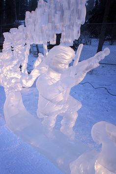 """A youthful violinist dances under the aurora in Fairbanks artist Kevin Laughlin s single-block entry """"Winter s Song"""" on Monday, Dec. at Christmas in Ice in North Pole. Sam Harrel/News-Miner Snow Sculptures, Sculpture Art, Ice Art, Snow Art, Snow And Ice, North Pole, Winter Wonderland, Patience, Aurora"""