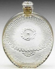 Rene Lalique Perfume Bottle Pavots d'Argent for Roger et Gallet, circa 1927