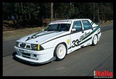 Alfa Romeo 75 Turbo. www.auto-italia.net