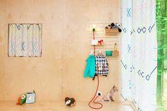 Système de rangement mural Loopholes par Atelier Belge