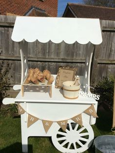 Candy cart for hire £50 hire fee  Cambridgeshire wedding events parties. Let your imagination fly ...maybe popcorn ,doughnuts,a pimms station.cupcakes cart,macaroons,wedding birthday cake.chocolates,drinks.  Glassware extra fee